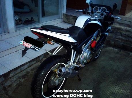 Modif Yamaha Vixion Tapak Lebar